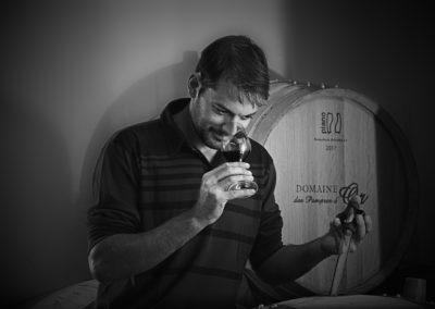 Reportage photographique-Vignoble Perras-Portrait vigneron en cave